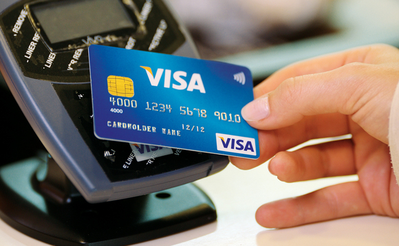 Pass your VISA card to pay instead of cash!